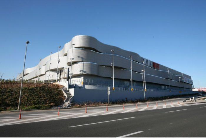 Factory Outlet El_ Venizelos Airport Spata (2003)_jpg_jpg